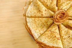 Una pila di pancake fritti Immagini Stock Libere da Diritti