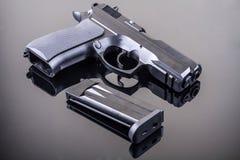 una pistola da 9 millimetri Immagini Stock Libere da Diritti