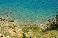 Una playa en la isla de Krk, Croacia Imágenes de archivo libres de regalías