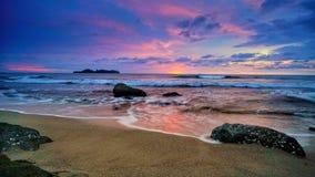 Una playa en Padang Sumatera del oeste fotos de archivo libres de regalías