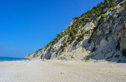 Una playa salvaje - Egremi foto de archivo