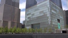Una plaza di 911 memoriale Nuova costruzione del World Trade Center a New York City
