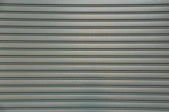 Una porta chiusa del garage del rullo Immagine Stock Libera da Diritti