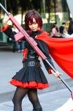 Una posa giapponese non identificata di cosplay di anime fotografie stock