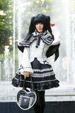 Una posa giapponese non identificata di cosplay di anime fotografia stock