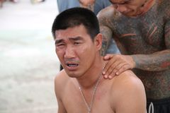 Una preghiera prima dell'alba - Somluck Muay Thai Champion Immagini Stock Libere da Diritti