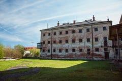 Una prigione comunista che commemora le atrocità e le pratiche comuniste di tortura e che applica confessione fotografie stock