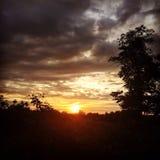 Una puesta del sol hermosa Imagen de archivo libre de regalías