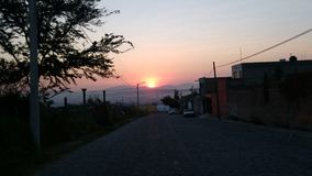 Una puesta del sol hermosa Foto de archivo libre de regalías