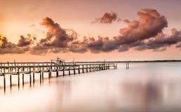 Una puesta del sol rosada Foto de archivo