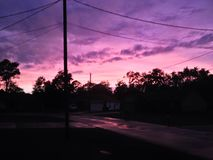 Una puesta del sol rural Fotos de archivo libres de regalías