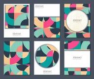 Una raccolta di vettore di sei carte con le forme geometriche variopinte e la struttura di lerciume illustrazione vettoriale