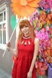 Una ragazza cinese celebra il nuovo anno cinese Fotografie Stock