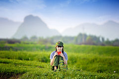 Una ragazza cinese in uniforme Fotografia Stock Libera da Diritti