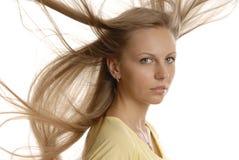 Una ragazza con i capelli del uncomdeb Fotografia Stock