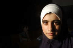 Una ragazza nell'accampamento palestinese Immagini Stock