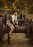 Una ragazza nello stile di steampunk fotografie stock libere da diritti