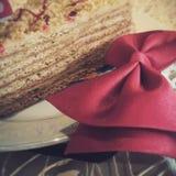 Una rebanada de torta de cumpleaños Fotografía de archivo
