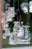 Una recepción nupcial adornada con las velas Imágenes de archivo libres de regalías