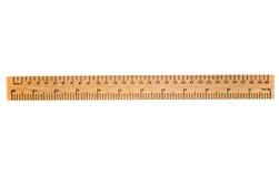 Una regla de madera de 30 cm. Fotos de archivo