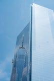 Una riflessione di un mondo, New York fotografia stock