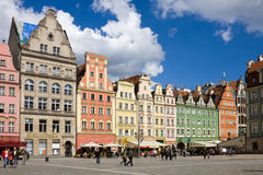 Una riga della casa sul quadrato del mercato a Wroclaw Fotografia Stock