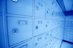 Una riga delle caselle di ufficio postale in un ufficio postale Fotografie Stock