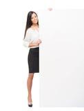 Una riuscita e bella donna di affari con un'insegna Fotografie Stock