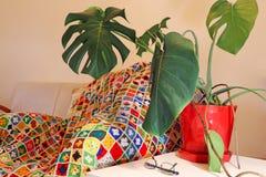Una sala de estar en casa del ` s de la abuela fotografía de archivo libre de regalías