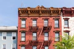 Una salida de incendios de una construcción de viviendas en New York City Fotografía de archivo