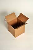 Una scatola di cartone vuota. Fotografie Stock Libere da Diritti
