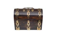 Una scatola Petto tipa di legno d'annata chiusa di Jewlery in Front View fotografie stock