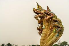 Una scultura di sette Naga delle teste Fotografie Stock