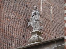 Una scultura su un portone a Verona Fotografia Stock Libera da Diritti