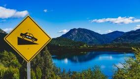 Una señal de tráfico en Patagonia Imagen de archivo