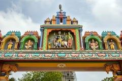 Una sección del arco de la entrada al templo hindú de Naguleswaram en Keerimalai en la región de Jaffna de Sri Lanka Fotografía de archivo libre de regalías