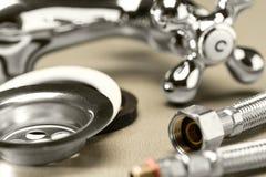 Una selección de accesorios de la fontanería Imágenes de archivo libres de regalías