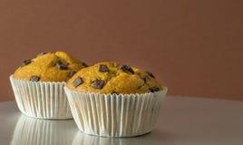 Una selezione dei muffin di pepita di cioccolato Immagini Stock Libere da Diritti