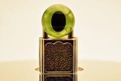 Una serratura e un occhio di plastica sullo specchio sorgono Fotografie Stock
