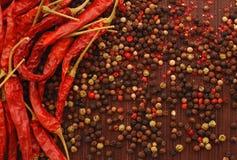 Una spezia di quattro colori e pepe rosso Immagine Stock Libera da Diritti