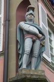 Una statua del cavaliere in Europa medievale immagine stock libera da diritti