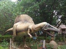Una statua del dinosauro Fotografia Stock