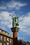 Una statua di due trombettisti a Copenhaghen Fotografia Stock Libera da Diritti