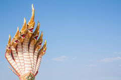 Una statua di sette teste del naga Immagini Stock Libere da Diritti