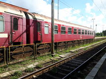 Una stazione ferroviaria immagini stock libere da diritti