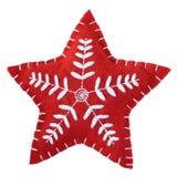 Una stella fatta a mano ricamata rosso isolata su fondo bianco Fotografia Stock Libera da Diritti