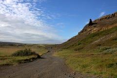 Una strada alla valle degli elfi in Islanda Fotografie Stock