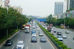 Una strada di 107 stati, Shenzhen, sezione di Baoan del paesaggio di traffico Fotografia Stock