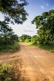 Una strada rurale untarred fotografia stock