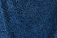Una struttura blu scuro dell'asciugamano Immagini Stock Libere da Diritti